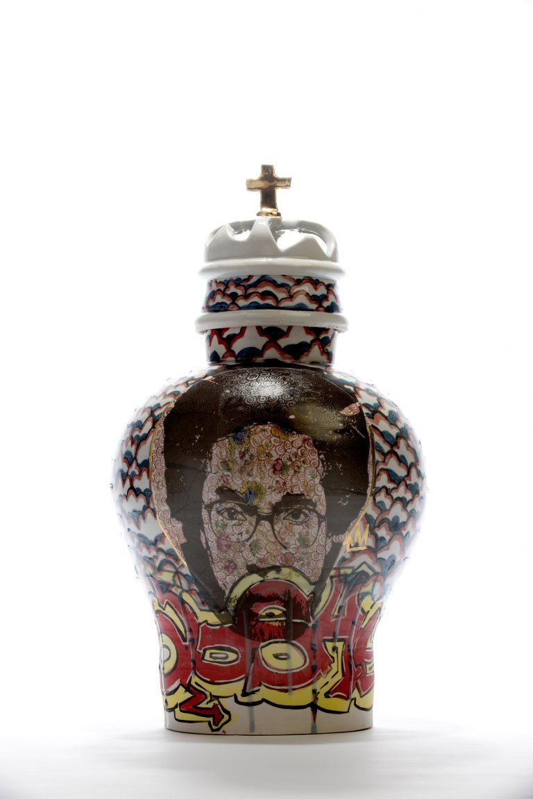 Ol'Dirty Bastard (ODB) and Dr.Cornel West, 2015, porcelain, glaze, underglaze, luster 11 1/2×11 1/2×21 1/2in